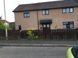 6 Bedroom ( 1 en suite ) end terraced house Large garden to side rear and front plus drive way
