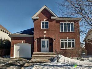 598 000$ - Maison 2 étages à vendre à Boucherville