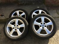 Alloy wheels and tyres for a Honda Civic 2008