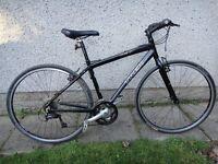 Trek 7.3 FX black bike, 700 wheels 17.5 aluminium frame (44.5cm) 24 gears