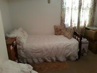 Double room to rent, Hill top road