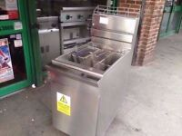 COMMERCIAL CATERING GAS FRYER CUISINE DINING RESTAURANTS BARS CAFES FISH AND CHIPS DONER KEBAB