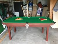 Immaculate six boket snooker /pool table