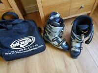 Skis boots for sale