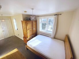 Amazing Double Room to rent in Crystal Palace/Penge. With En-suite bathroom.