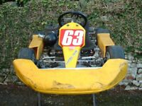 SENIOR TKM GO KART - COMPLETE OUTFIT