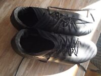 Adidas size 9 boots