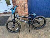 Mongoose Switch BMX Bike - 20'' wheel