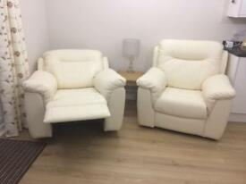 2 recliner armchairs (electric)