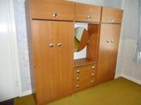 Bedroom units with drawers and mirror