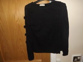 Top with Sleeve Detail Size 10-12