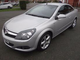 Vauxhall Astra 1.8 i Sport Twin Top 2dr FULL SERVICE HISTORY LOW MILES