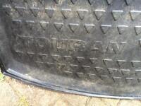 Vw touran boot liner