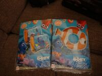 FINDING DORY SWIM RING AND ARMBANDS