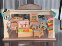 Sylvanian Families - Village Store plus accessories