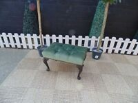 STUNNING FOOT STOOL COVERED WITH A BEAUTIFUL GREEN VELVET VINTAGE FABRIC AND SOLID WOOD LEGS