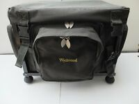 CARP FISHING WYCHWOOD BAG HOLDALL CARRYALL COLLAPSIBLE WITH BIVVY TABLE HIGH QUALITY