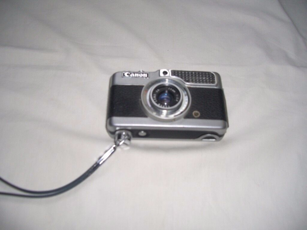 Vintage Canon Demi half frame 35 mm Camera