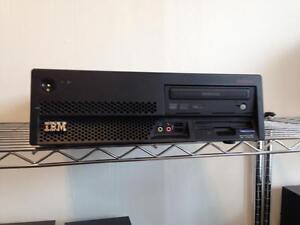 ORDINATEUR IBM PENTIUM D  de 3.4 ghz