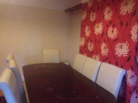 Nice three bedroom house in Hornchurch RM12..Available Now!!