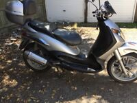 Piaggio Beverly 125cc Moped Scooter not Honda Vespa yamaha Peugeot
