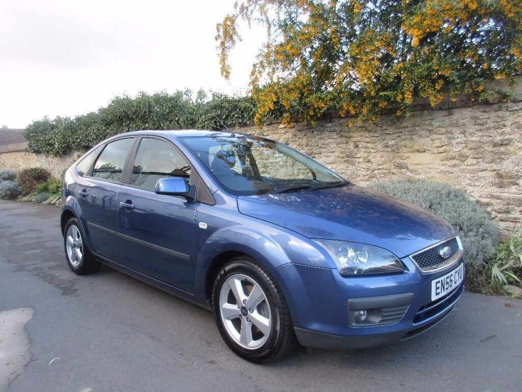FORD FOCUS 1.8 ZETEC 2007 FULL FORD SERVICE HISTORY LOW MILES.