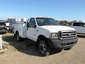 2004 Ford F-550 XL DRW