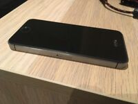 iPhone 5s 16gb unlocked space grey