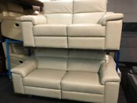 NEW / EX DISPLAY LEATHER LAZYBOY MAURIZIO 3 + 3 SEATER ELECTRIC RECLINER SOFAS, 70% Off RRP