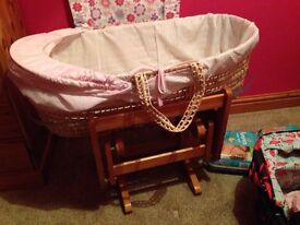 Gliding moses basket stand,Moses basket and bedding