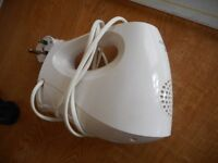 HAND HELD MIXER KENWOOD TWO DIFFERANT ATTACHMENTS