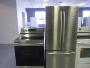 113- STAINLESS  NEUF - NEW  Frigo Réfrigérateur  30'' 3 Portes + Cuisinière SAMSUNG 3 Door 30''Fridge + Stove NEUF - NEW