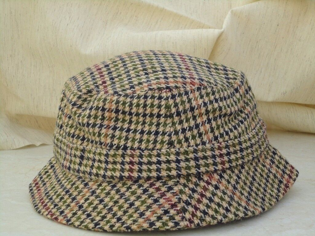 HAT - BARBOUR MENS HAT TWEED BROWN/FAWN Size largeGood Condition £5