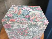 Small retro laundry basket FREE DELIVERY PLYMOUTH AREA