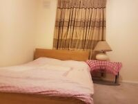 Double room in Northolt / Greenford