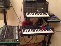 Several instruments for sale (Korg MS-10, TR8, DSI Mopho x4, Volca Bass, SQ-1, ...)