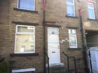 2 Bedroom House to rent on Loughrigg St Bradford £105 per week