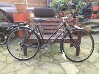 Retro ladies town bike/dutch style bike