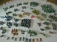 Military plastic army toy soldiers and accessories