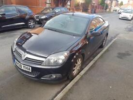 Vauxhall astra 1.6 twin top convertible low milage