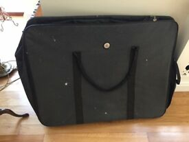 Case by Eagle, professional case for transporting music equipment
