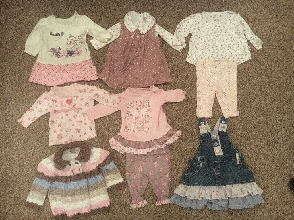 Huge baby girl clothing bundle 0-3 months ( please see all photos)
