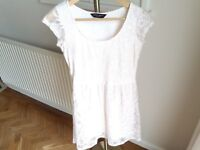 Size 6 Dorothy Perkins cream lace-effect dress