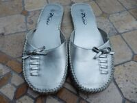 Ladies Size 6 Silver Slippers