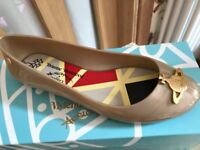 Vivienne Westwood Melissa flat pumps Pearlized gold in box