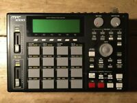 Akai MPC 1000 Sampler Sequencer (upgraded)