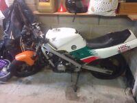 2x Honda VFR400 R NC21 not NC24 NC30