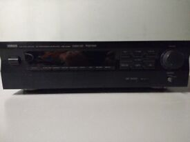 Yamaha DSP-E492 Audio Video Processor/Amplifier. In very good condition.