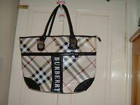 BURBERRY ladies beige nova check handbag shoulder bag vgc