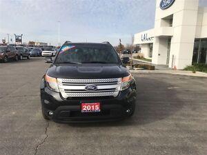 2015 Ford Explorer XLT, Moonroof, Navigation, Leather!!! Windsor Region Ontario image 3